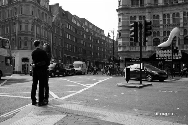 couple in love in london